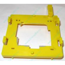 Жёлтый держатель-фиксатор HP 279681-001 для крепления CPU socket 604 к радиатору (Крым)
